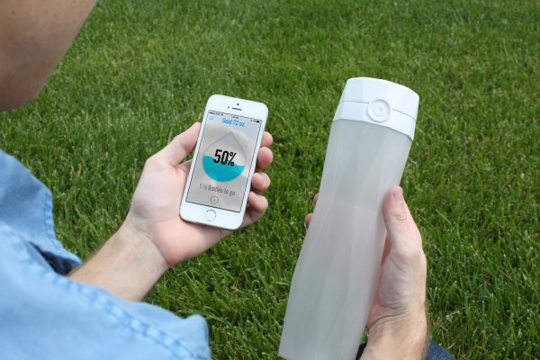 smart bottle pour iphone