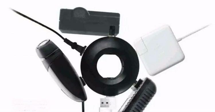 la prise multiple ultime pour brancher et recharger vos appareils en voyage. Black Bedroom Furniture Sets. Home Design Ideas